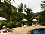 ホテルのプールは、すごく暖かくて、温泉気分でゆっくりしました。